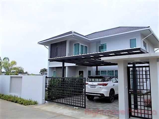 Greenfield Villas 6 House In East Pattaya