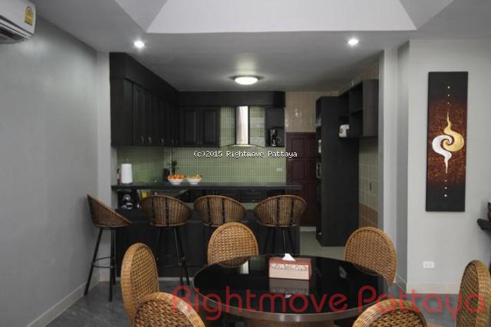 5 bedrooms house for rent in jomtien tropicana villa