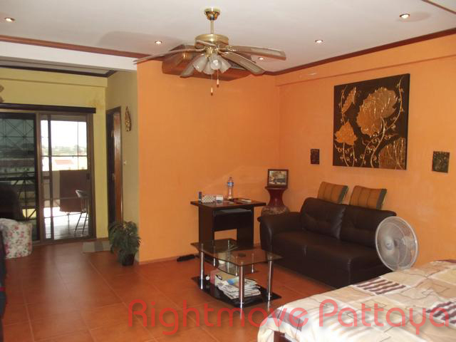budget condo for rent or sale in south pattaya 700000 baht for sale in South Pattaya Pattaya