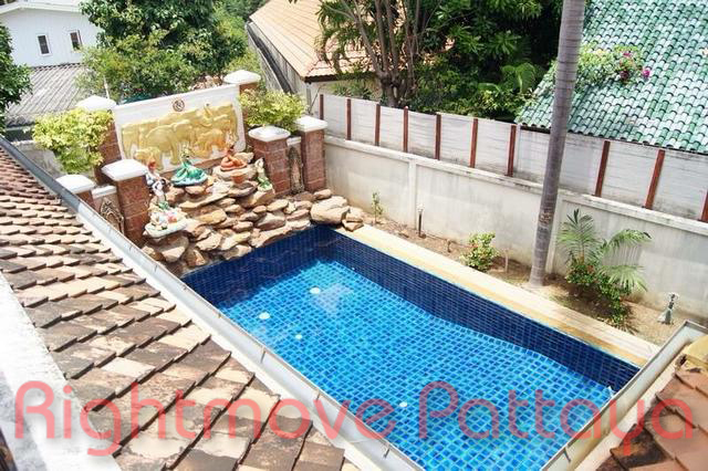 3 bedrooms house for rent in jomtien ce palais