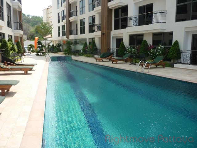 Condominiums to rent in Pratumnak Pattaya