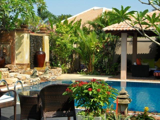 5 bedrooms house for rent in jomtien jomtien park villas