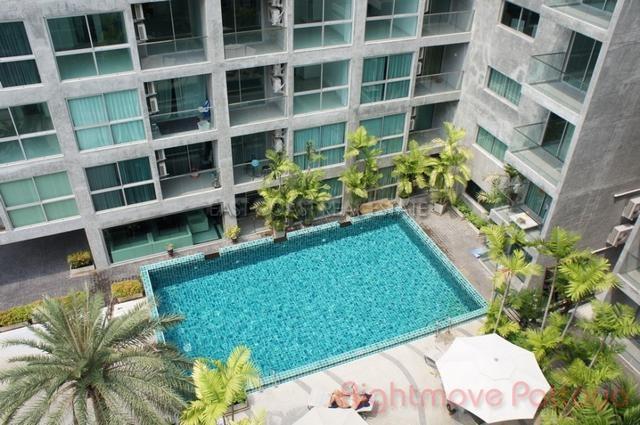 2 Bedrooms Condo For Rent In Pratumnak-park Royal 3
