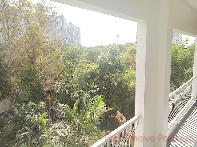1 Bedroom Condo For Rent In Jomtien-baan Suan Lalana