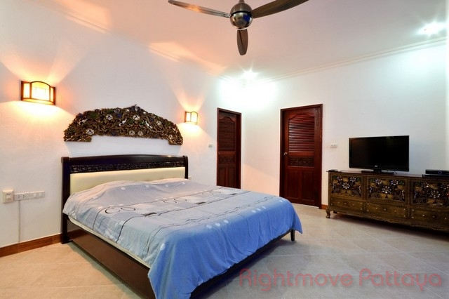 4 beds house for sale in pratumnak majestic residence