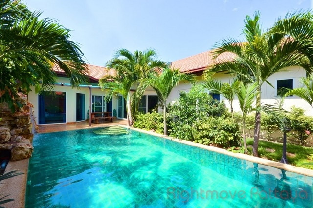 4 Beds House For Rent In Pratumnak-majestic Residence