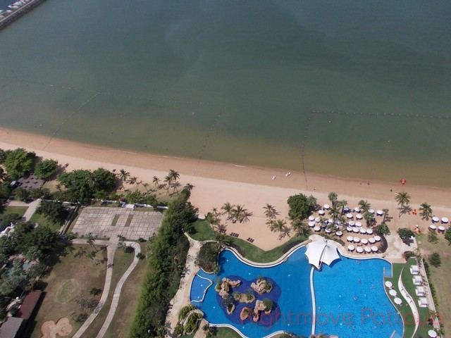 2 Beds Condo For Rent In Na Jomtien-movenpick White Sands Beach