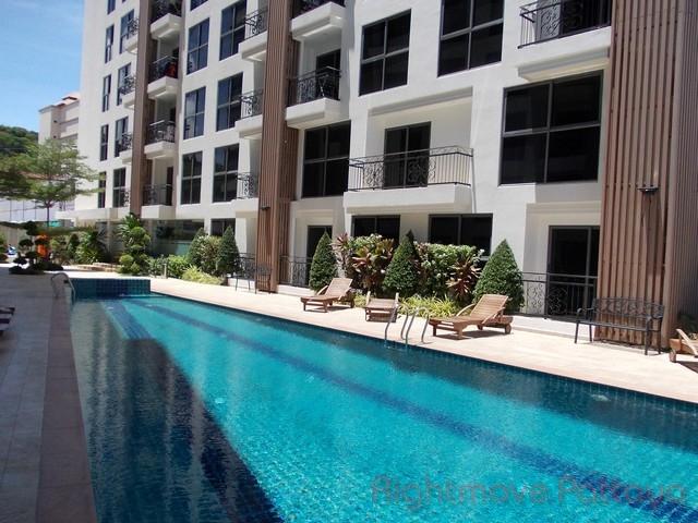 1 Bedroom Condo For Sale In Pratumnak-city Garden Pratumnak