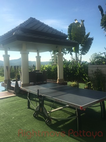 6 beds house for sale in hua hin black mountain golf course