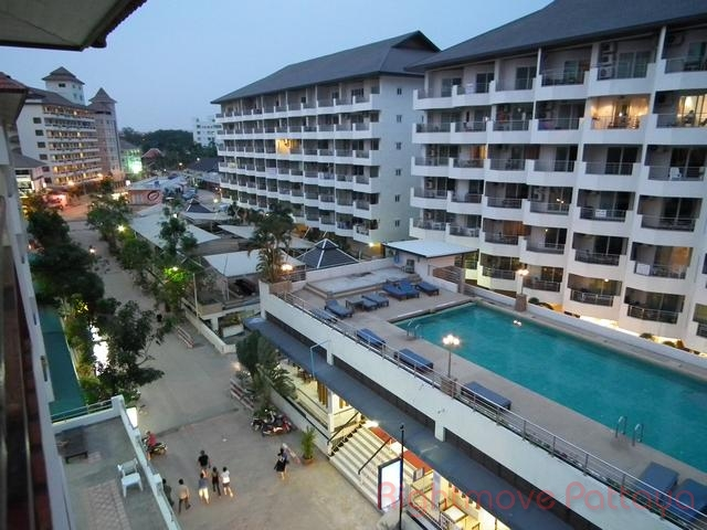 2 Beds Condo For Sale In Jomtien-shining Star