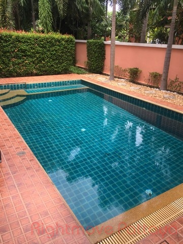 3 Beds House For Rent In East Pattaya-mantara