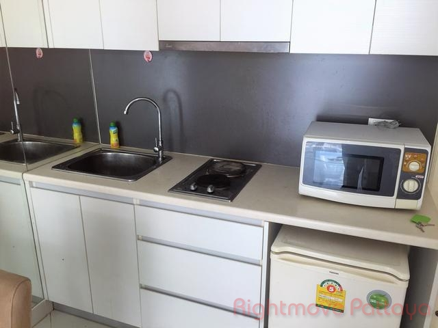 1 bedroom condo for rent in jomtien paradise park