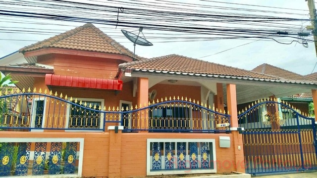3 Bedrooms House For Sale In East Pattaya-tanyawan City Home