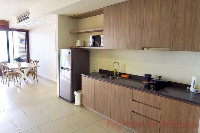 2 beds condo for rent in wongamat zire