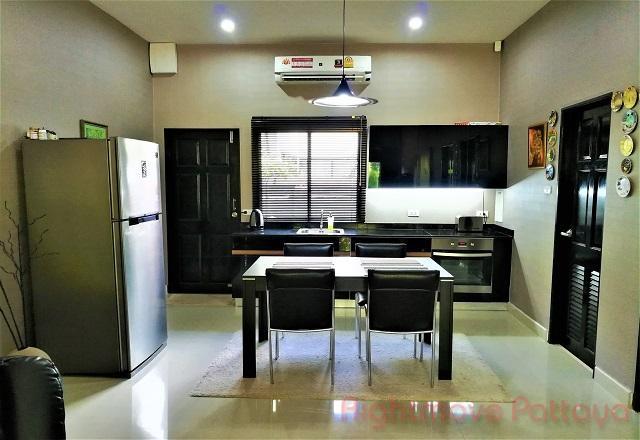 2 bedrooms house for rent in east pattaya baan dusit pattaya