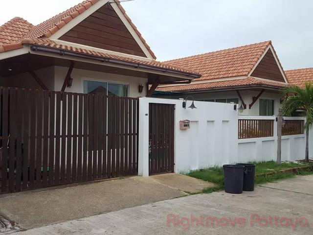 3 Beds House For Sale In East Pattaya-ad House