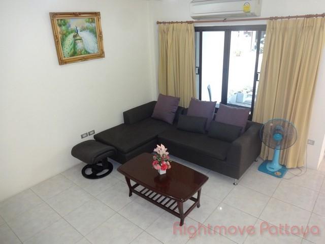 2 bedrooms house for sale in pratumnak corrib village