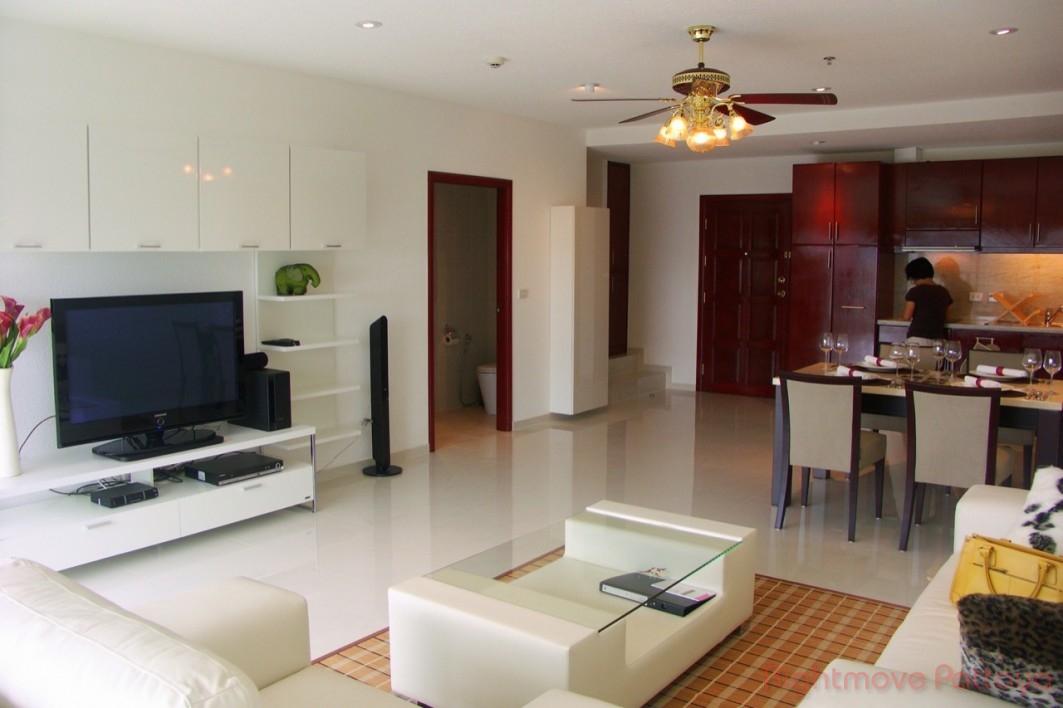 unique penthouse with breathtaking views Condominiums for sale in Pratumnak Pattaya