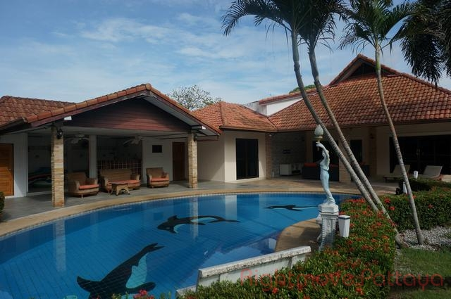 5 Beds House For Sale In East Pattaya-not In A Village
