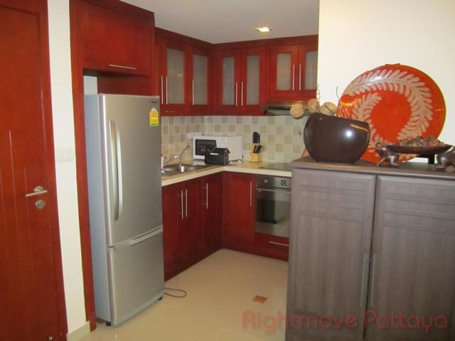 2 bedrooms condo for rent in central pattaya city garden
