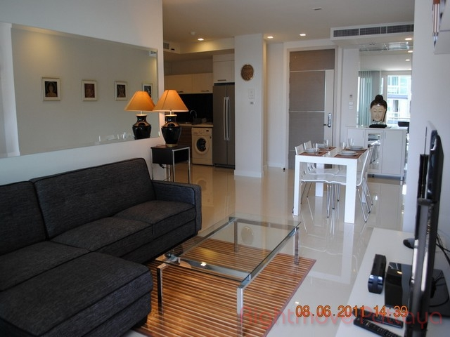 2 bedrooms condo for rent in central pattaya apus