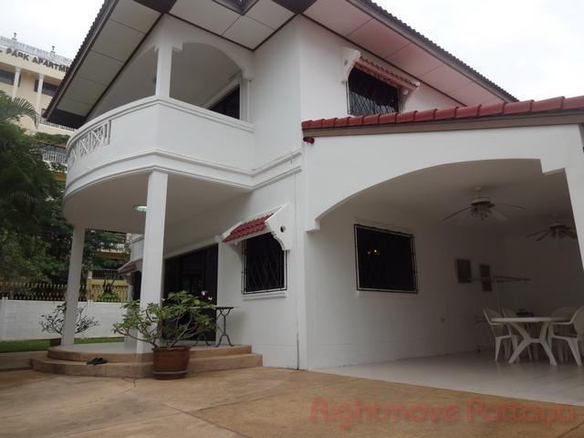pattaya house huset for salg i Jomtien