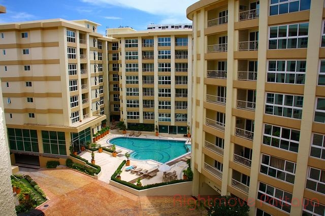 2 Beds Condo For Sale In Central Pattaya-city Garden