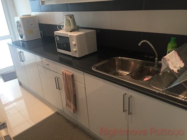 5 bedrooms house for sale in na jomtien chomtalay resort