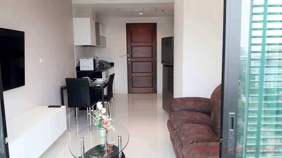 1 bed condo for sale in pratumnak the axis