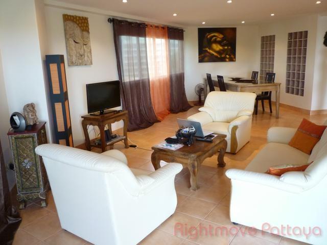 2 Beds Condo For Sale In Pratumnak-ruamchok 2