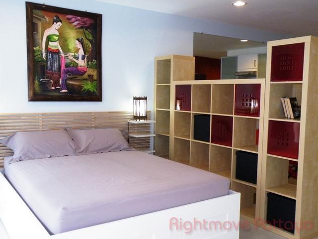 Studio condo for sale in jomtien platinum suites