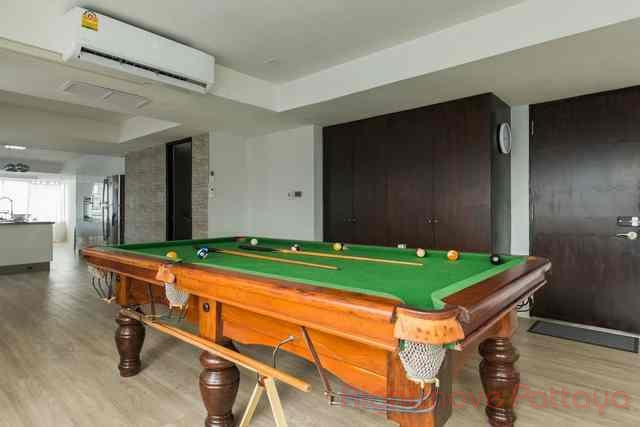 luxurious condo in the heart of pattaya  for sale in Central Pattaya Pattaya