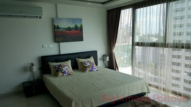 Studio condo for sale in wongamat wongamat tower