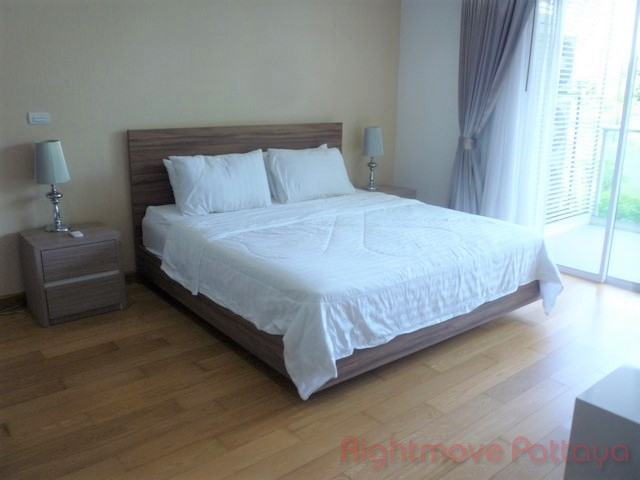 2 beds condo for sale in pratumnak the elegance
