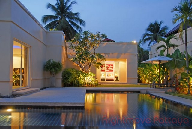 3 Beds House For Sale In East Pattaya-vineyards 1