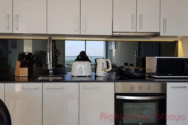 pic-6-Rightmove Pattaya   Condominiums for sale in Pratumnak Pattaya