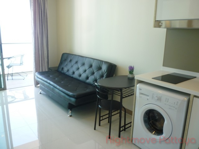 1 bedroom condo for rent in wongamat riviera