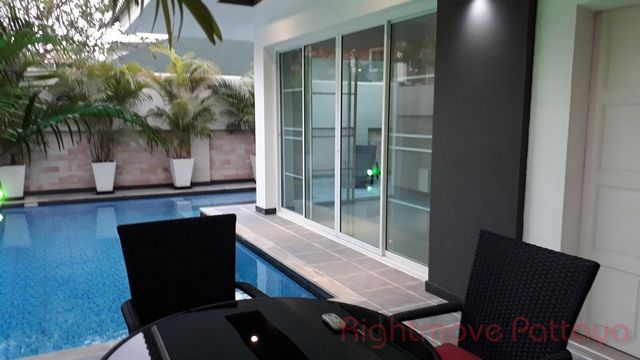 3 Bedrooms House For Sale In Pattaya-pattaya Lagoon