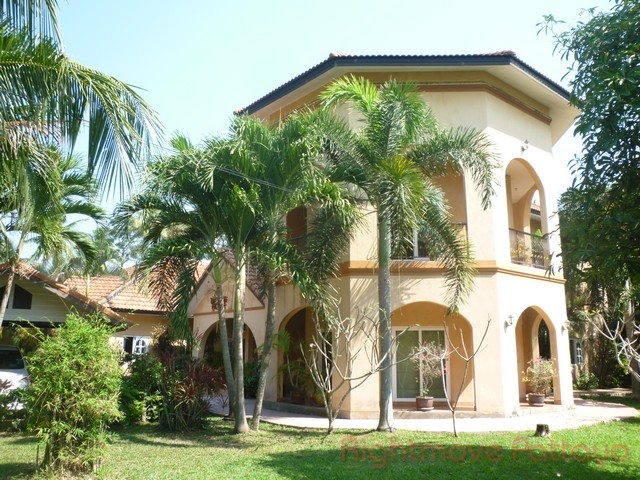5 Bedrooms House For Sale In Huey Yai-coco Palms
