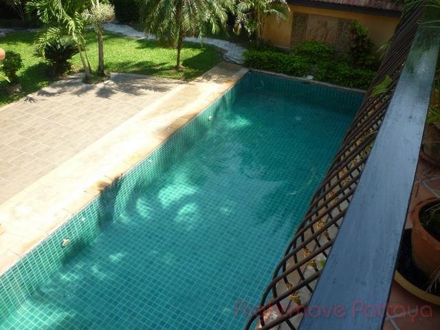 5 beds house for sale in huey yai coco palms