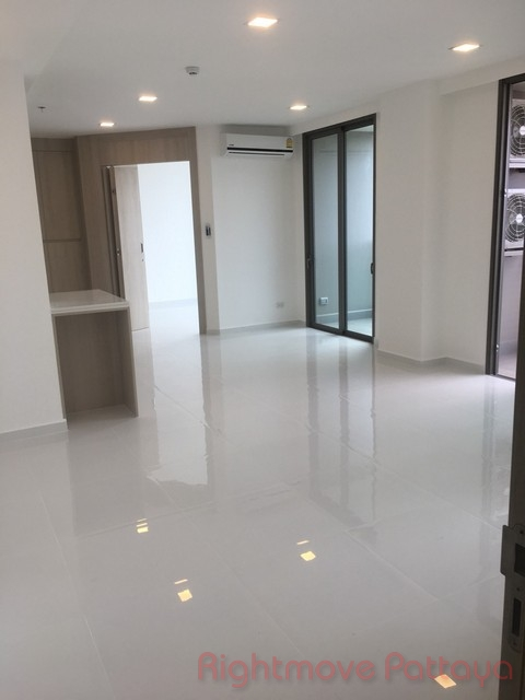 2 beds condo for sale in pratumnak the cloud