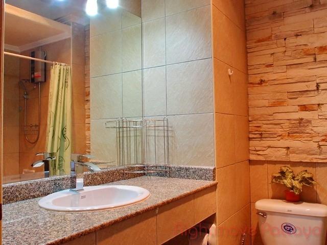 Studio condo for rent in jomtien view talay 2 a