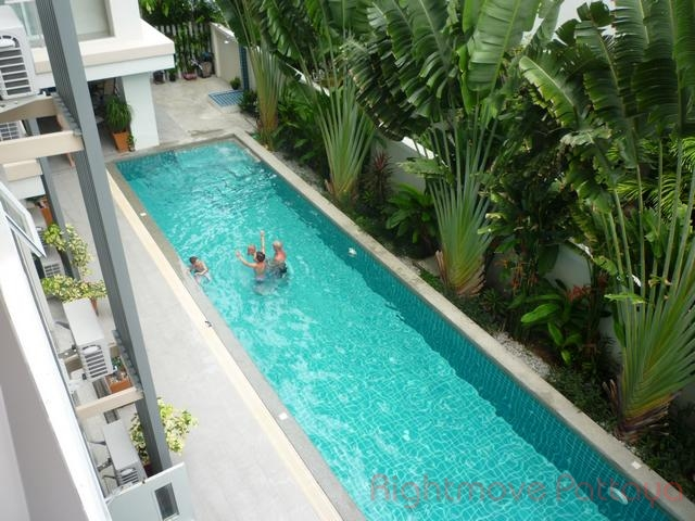 2 Bedrooms Condo For Rent In Pratumnak-the Place