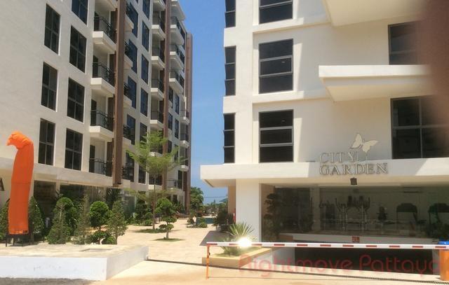 1 Bed  For Rent In Pratumnak-city Garden Pratumnak