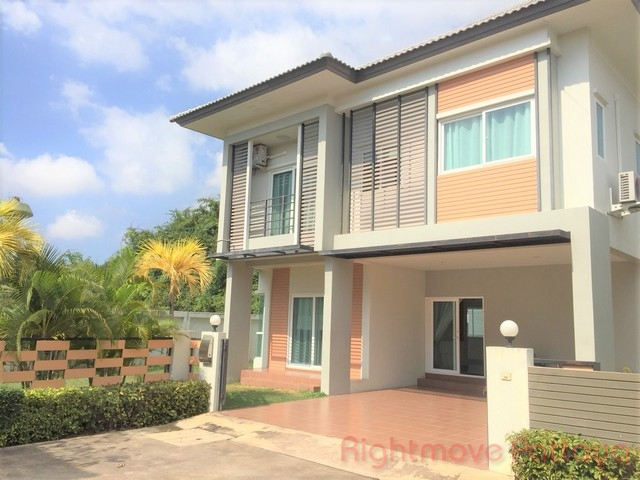 3 Beds House For Rent In East Pattaya-patta Ville