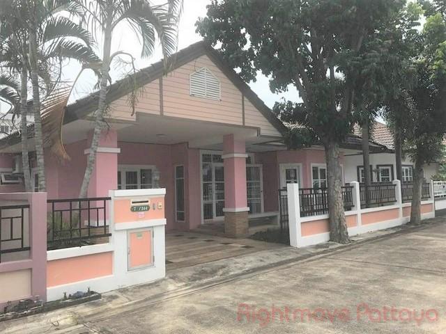 3 Bedrooms House For Sale In East Pattaya-ruen Pisa