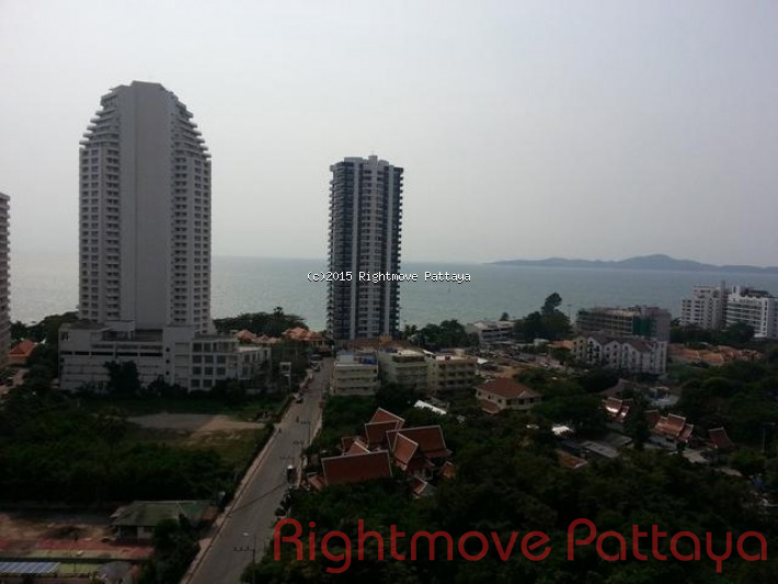 1 bedroom condo in pratumnak for sale theptip mansion  for sale in Pratumnak Pattaya