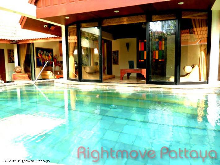 4 Bedrooms House For Rent In Jomtien-jomtien Palace