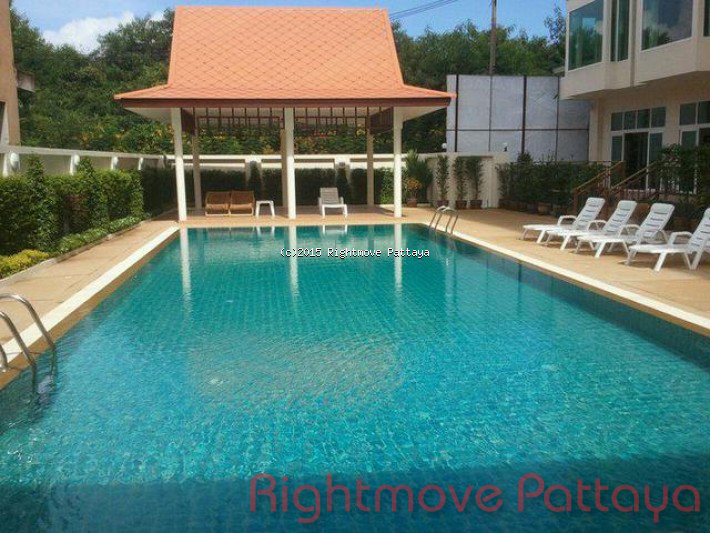 studio condo in pratumnak for rent emerald palace1973273341  to rent in Pratumnak Pattaya