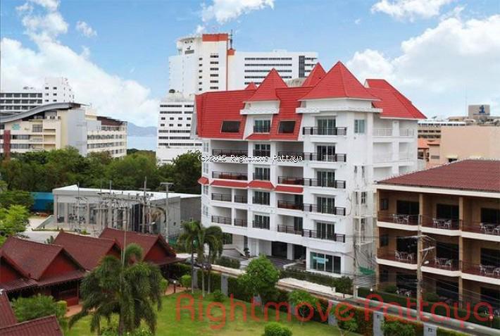 studio condo in pratumnak for sale club house residence  for sale in Pratumnak Pattaya